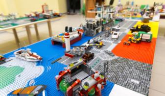 Безлимит на весь день 550 рублей в игровой комнате «Лего мир»!